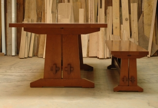 American-Cherry-Trestle-Table-end-view
