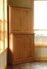 Big-Leaf-Maple-Corner-Cabinet