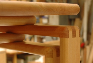 Big-Leaf-Maple-Rounded-Finger-joint-console-close-up
