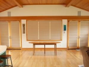 Oregon-White-Oak-Extension-Table-Closed