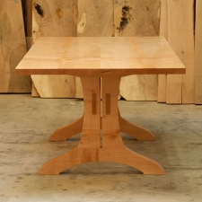 Big-Leaf-Maple-Trestle-Table-with-through-tenons-end-view