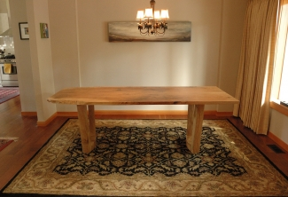 Oregon-White-Oak-Dining-Table-side-view