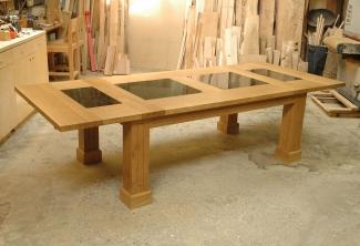Oregon-White-Oak-Granite-Table-extended