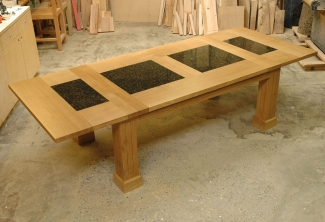 Oregon-White-Oak-Granite-Table-with-2-leaves-extended