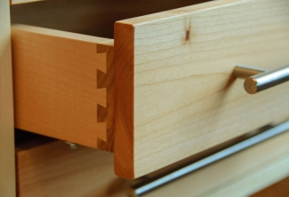 Maple-Room-Divider-detail