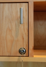 Maple-Room-Divider-door-detail