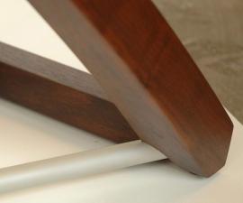 Twist-Western-Walnut-and-bead-blasted-aluminum-entry-table-corner-detail
