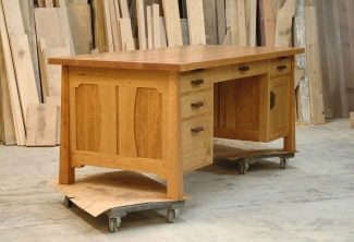 American-Cherry-Work-Desk-Front-end
