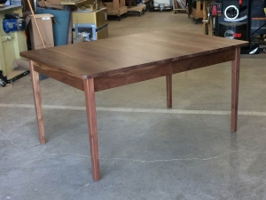 Western-Walnut-Finn-Juhl-inspired-extension-Table-closed