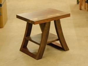 Western-Walnut-Side-Table