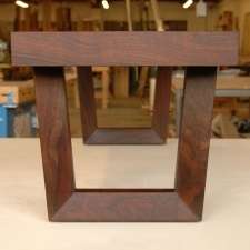Western-Walnut-Entry-Bench-end-view