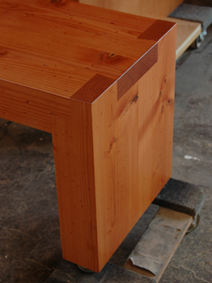 Picture of Douglas Fir Dovetail Bench shop drawing fades to